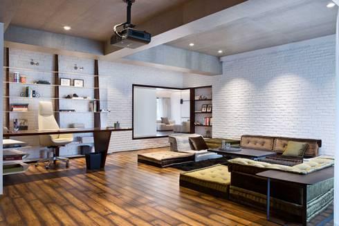 Residential—Juhu 2: modern Study/office by Nitido Interior design