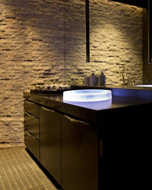 Residential—Juhu 2: modern Bathroom by Nitido Interior design
