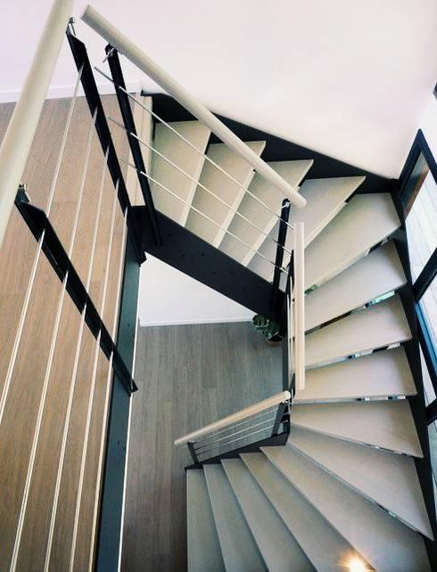 escalier ambiance loft par passion bois homify. Black Bedroom Furniture Sets. Home Design Ideas