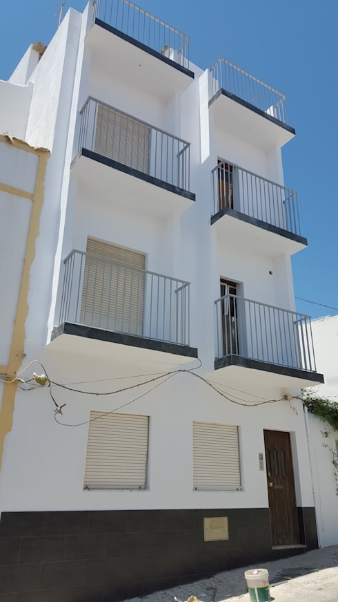 Habitação Multifamiliar – Rossio – Albufeira:   por 7@ARQ. (arquitectura & construção)