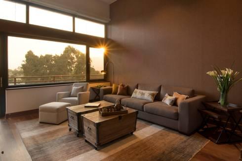 Sala Familiar: Salas de estilo clásico por DLPS Arquitectos