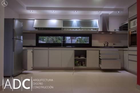 Obra nueva cocina y lavadero b p martin fierro for Bajo mesada lavadero
