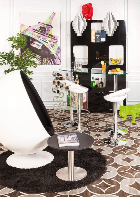 Décoration de hall d'entrée style retro: Couloir, entrée, escaliers de style  par Alterego Design