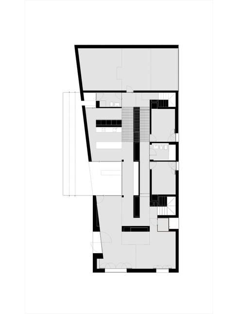 CASA 18:   por joão navas . arquitectos