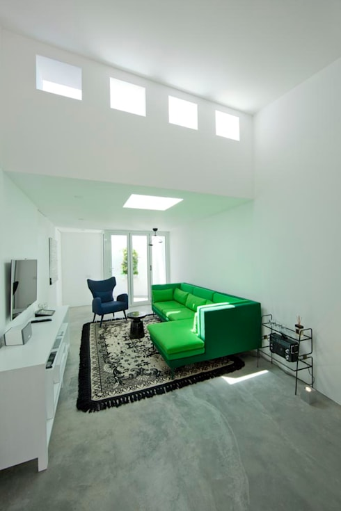 Dormitorios de estilo  por studioarte