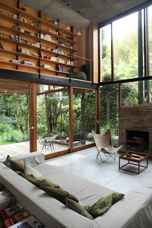 Living room by Arquitecto Alejandro Sticotti