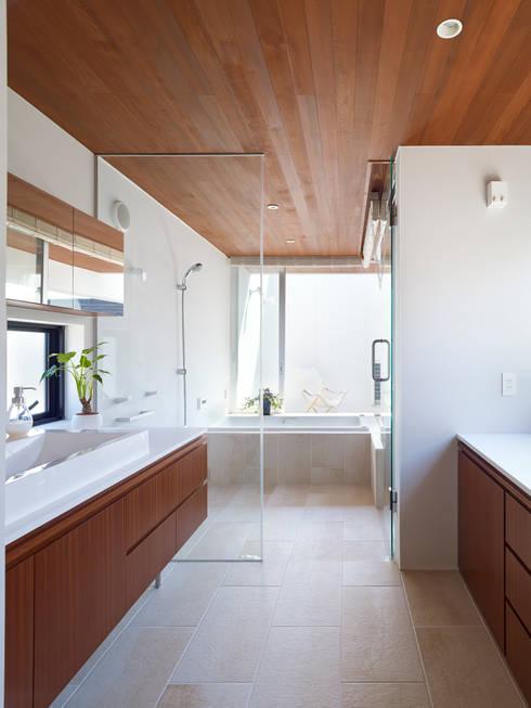 作品: 小松隼人建築設計事務所が手掛けた浴室です。