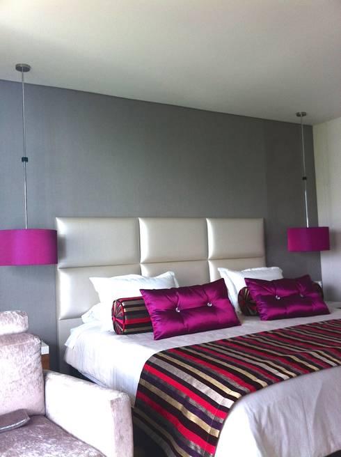 Habitaciones : Habitaciones de estilo moderno por ea interiorismo