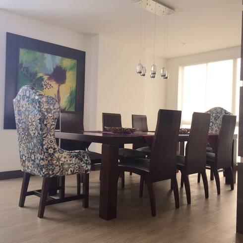 Comedor Apartamento: Comedores de estilo ecléctico por ea interiorismo