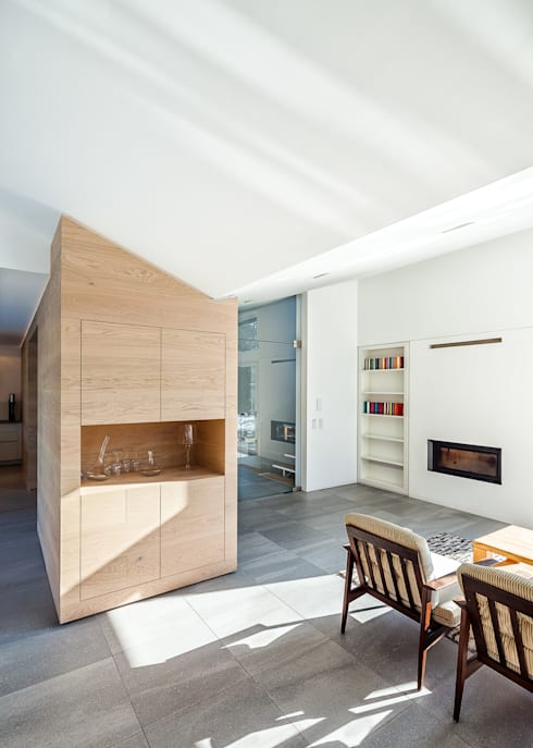 Living room by ZHAC / Zweering Helmus Architektur+Consulting