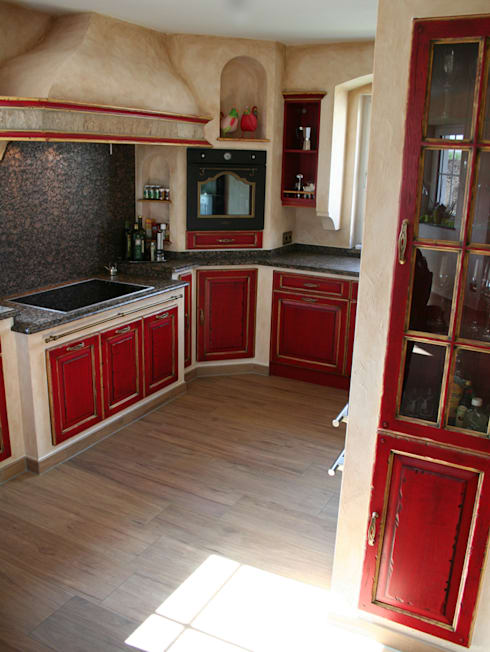 Mediterranean Kitchen By Villa Medici