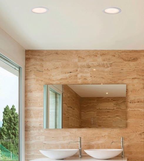 Deled: Casas de banho modernas por Espaço luz Lda.