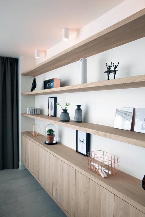 Verbouwing en restyling van een woning von Interieur Design by ...