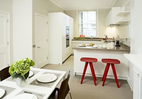 Small u shaped kitchen by elan kitchens homify - Savvy small apartment kitchen design layout for perfect kitchen with great efficiency ...