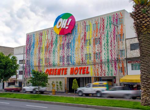 Hotel Oriente OH!: Casas de estilo moderno por DIN Interiorismo