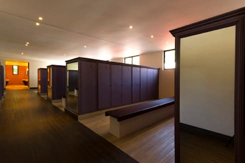 Hotel Tabachines : Recámaras de estilo moderno por DIN Interiorismo