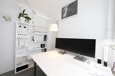 Arbeitszimmer design  nadine buslaeva interior design: Häusliches Arbeitszimmer in Weiß ...