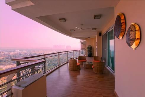 Magnolias Apartment:  Terrace by eSpaces Architects