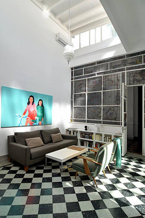 VERA:  de estilo  por Matealbino arquitectura