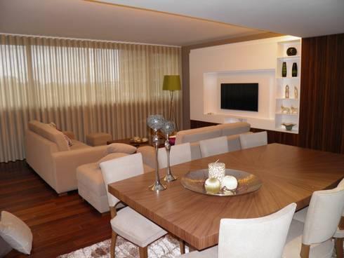 Decoraçao de Salas em tons quentes: Sala de jantar  por Gold Decoration