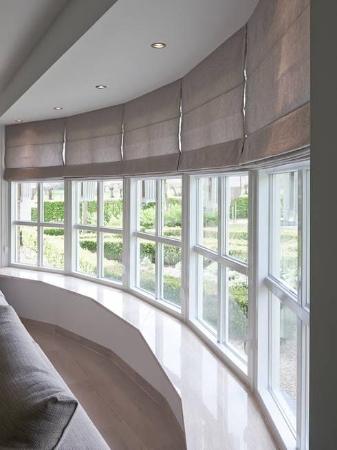 Ventanas de estilo  por Designa Interieur & Architectuur BNA