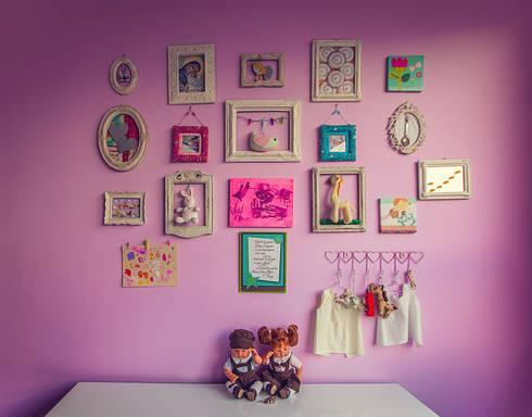 Decoración infantil: Habitaciones infantiles de estilo  por Cristina Cortés Diseño y Decoración