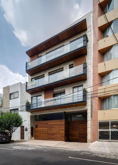 SA - A.flo Arquitectos: Casas de estilo moderno por A.flo Arquitectos