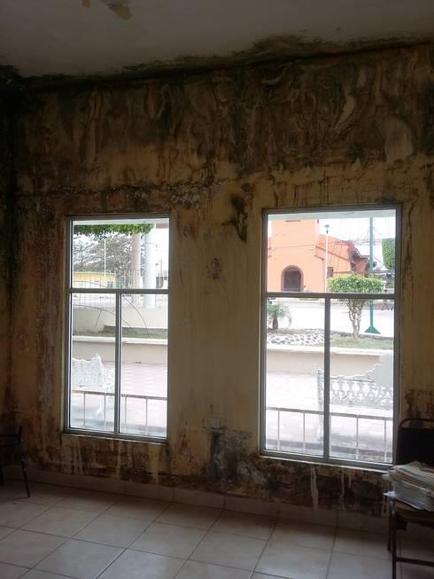 Interior:  de estilo  por PRISMA ARQUITECTOS