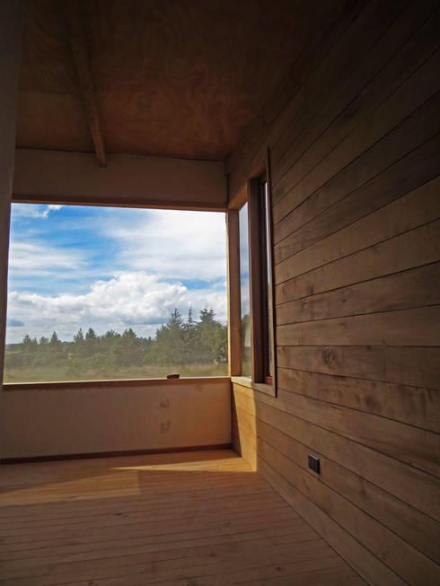 Pieza Principal: Dormitorios de estilo moderno por PhilippeGameArquitectos