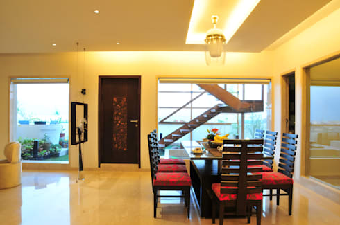 Penthouse Design: asian Dining room by Aum Architects