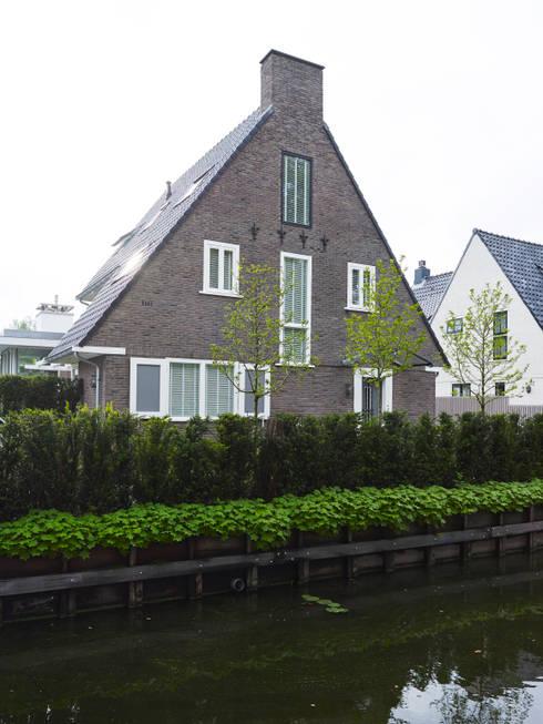 Monument aan de waterkant vergunningsvrije uitbreiding par enzo architectuur interieur homify - Idee huis uitbreiding ...