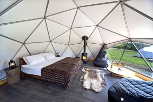 gampling: Dormitorios de estilo moderno por smart domos