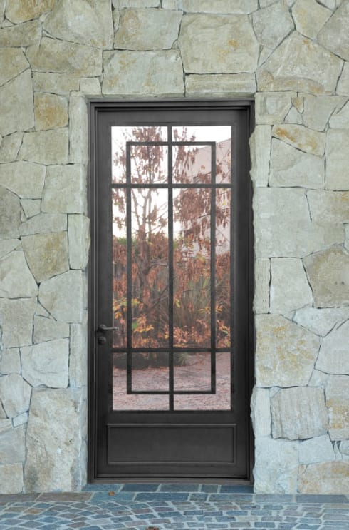 Puerta de entrada rustica moderna de del hierro design for Ancho puerta entrada casa