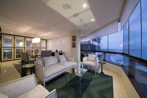 Departamento Malecon Miraflores: Salas de estilo ecléctico por Oneto/Sousa Arquitectura Interior