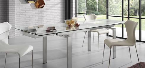 Mesas de refeições de vidro extensíveis Extendable glass dining tables  www.intense-mobiliario.com  Anoroc http://intense-mobiliario.com/product.php?id_product=969: Cozinha  por Intense mobiliário e interiores;