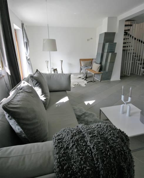 Entzuckend Modern Living Room By Münchner Home Staging Agentur GESCHKA