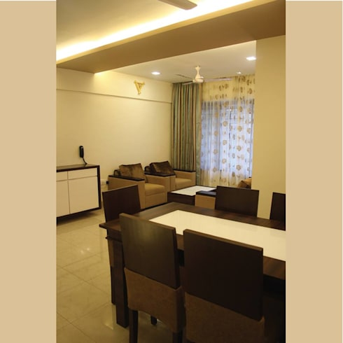 A Quick Make Over… .!!!!: classic Dining room by Neha Changwani