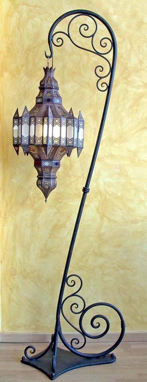 غرفة المعيشة تنفيذ Decoración Andalusí Iluminación