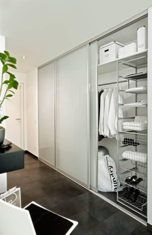 schiebet ren von meine k che meine r ume kapp sch ning gbr homify. Black Bedroom Furniture Sets. Home Design Ideas