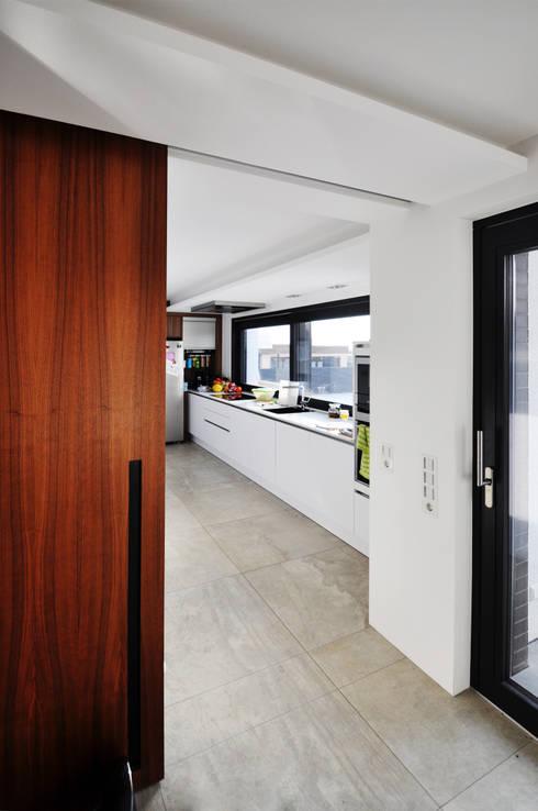 Pakula & Fischer Architekten GmnH의  주방
