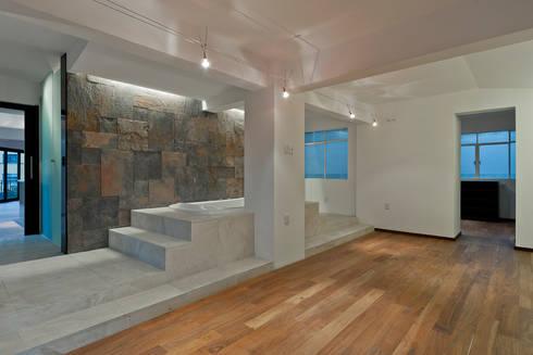 Recámara: Baños de estilo  por All Arquitectura