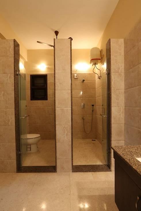 Banheiros modernos por Ansari Architects
