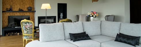 QUINTA RAINHA SANTA MAFALDA: Salas de estar modernas por MHPROJECT