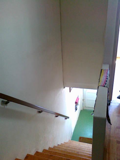 Acesso aos quartos/ escada - ANTES:   por GAAPE - ARQUITECTURA, PLANEAMENTO E ENGENHARIA, LDA