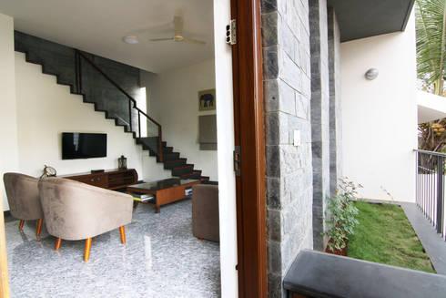 House 328: modern Garden by Kamat & Rozario Architecture