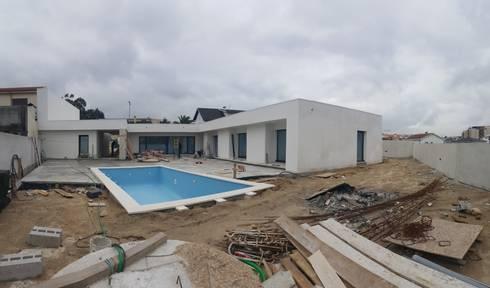 Habitação LA: Casas modernas por blink house