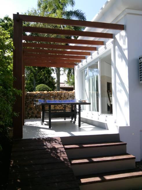 PROJETO SALÃO DE FESTAS - PORTO ALEGRE / RS: Terraços  por daniel villela arquitetura