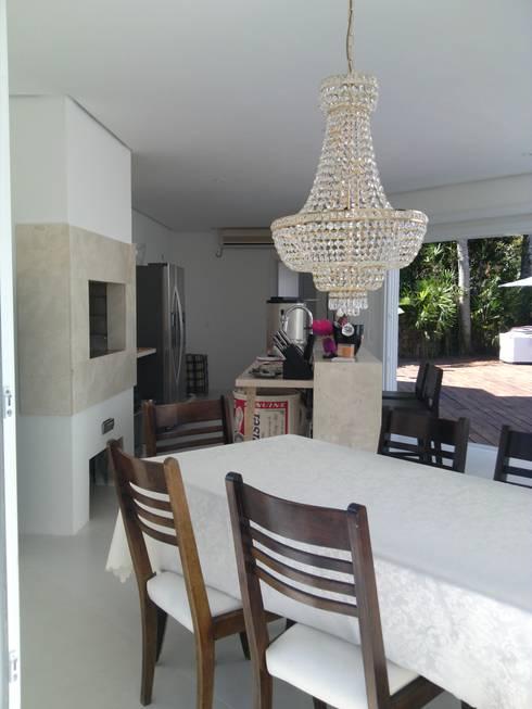 PROJETO SALÃO DE FESTAS - PORTO ALEGRE / RS: Salas de jantar modernas por daniel villela arquitetura