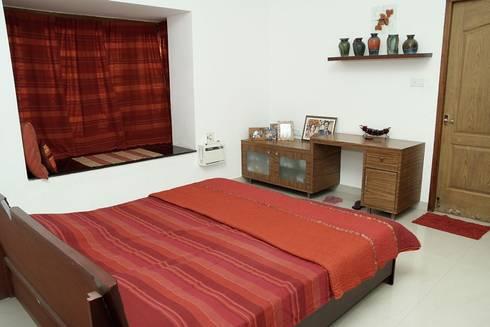 Bedroom: modern Bedroom by Ansari Architects