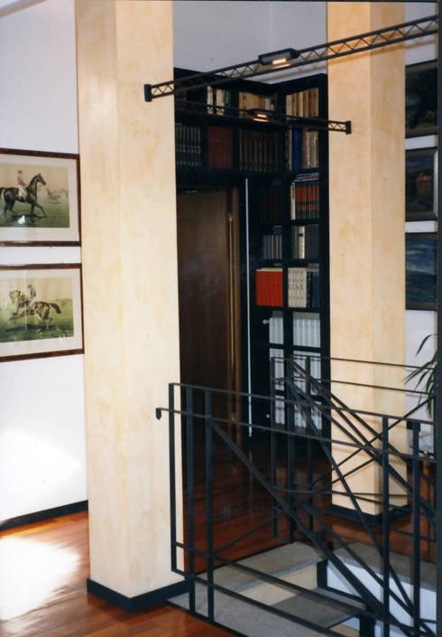 Appartamento su due piani di cardindesign partners homify for Piani di costruzione loft